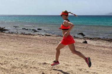 Edit nyári futásainak fontos kellékei: Guard, Foot, Cool és Help